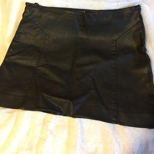Express black leather mini skirt